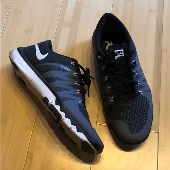 competitive price d6b32 99a0b Nike Free 5.0 Tr Flywire Men's size 10.5